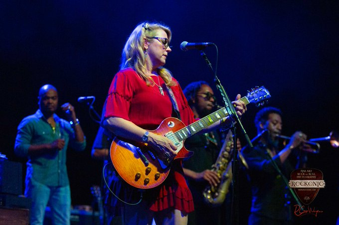 To wish the one-and-only Susan Tedeschi of a HAPPY BIRTHDAY!