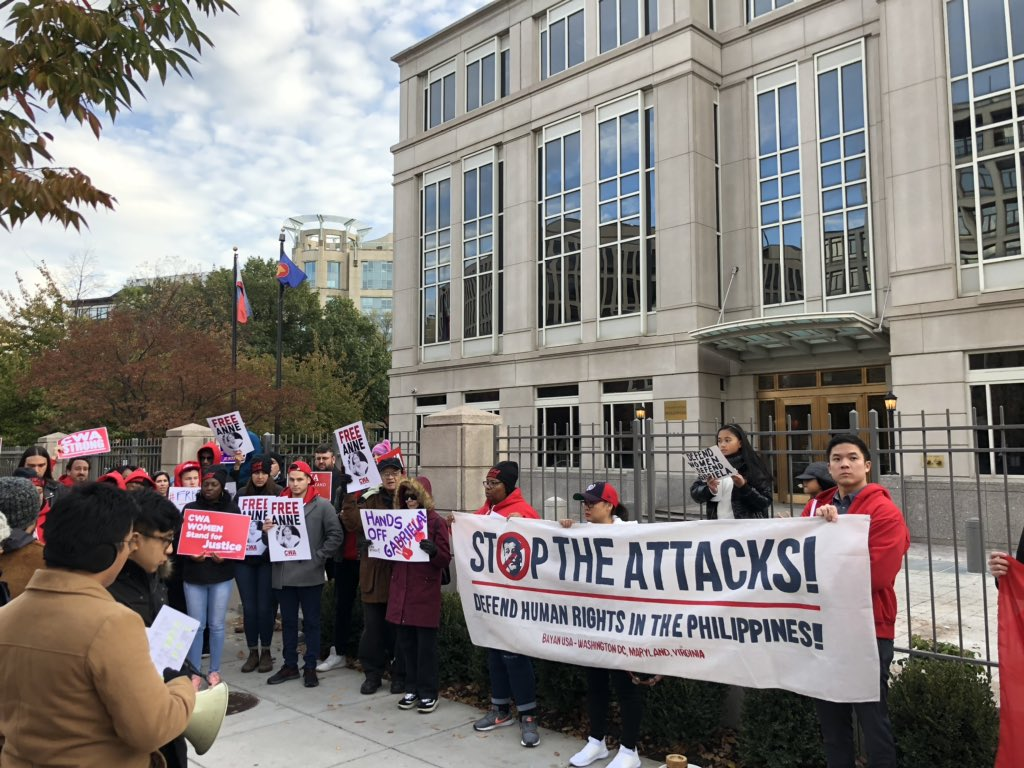 Some scenes today outside the Philippine embassy and consulate in DC. In the past 2 weeks, 70 Filipinx activists and union organizers were arrested in raids by the Duterte regime with planted evidence #StopTheAttacks #DefendGabriela pic.twitter.com/tP1J4McIon