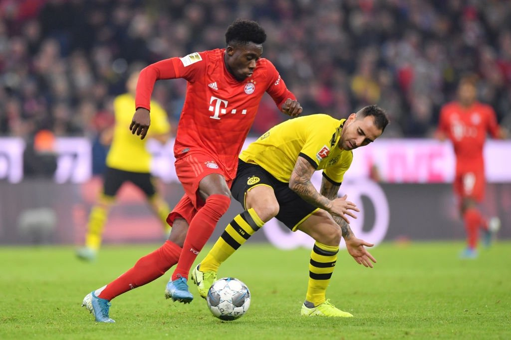 Alphonso Davies against Dortmund:  80 touches  93.6% pass accuracy 2 key passes 1 cross  11/13 duels won 3/4 dribbles completed 7 tackles  2 interceptions 1 clearance  8.7/10 rating  [WS] <br>http://pic.twitter.com/l6CIfzqKP8