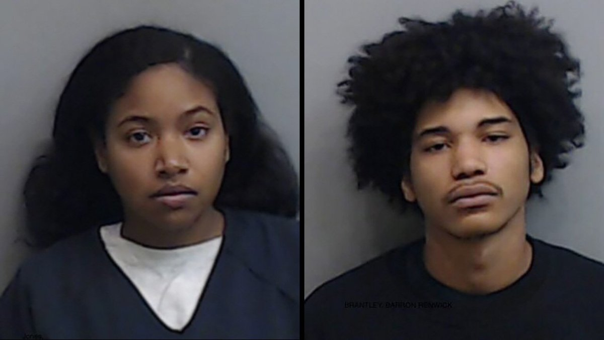 #BREAKING NEWS: Roommate of Alexis Crawford now in custody, charged with murder: https://2wsb.tv/33EcdQM