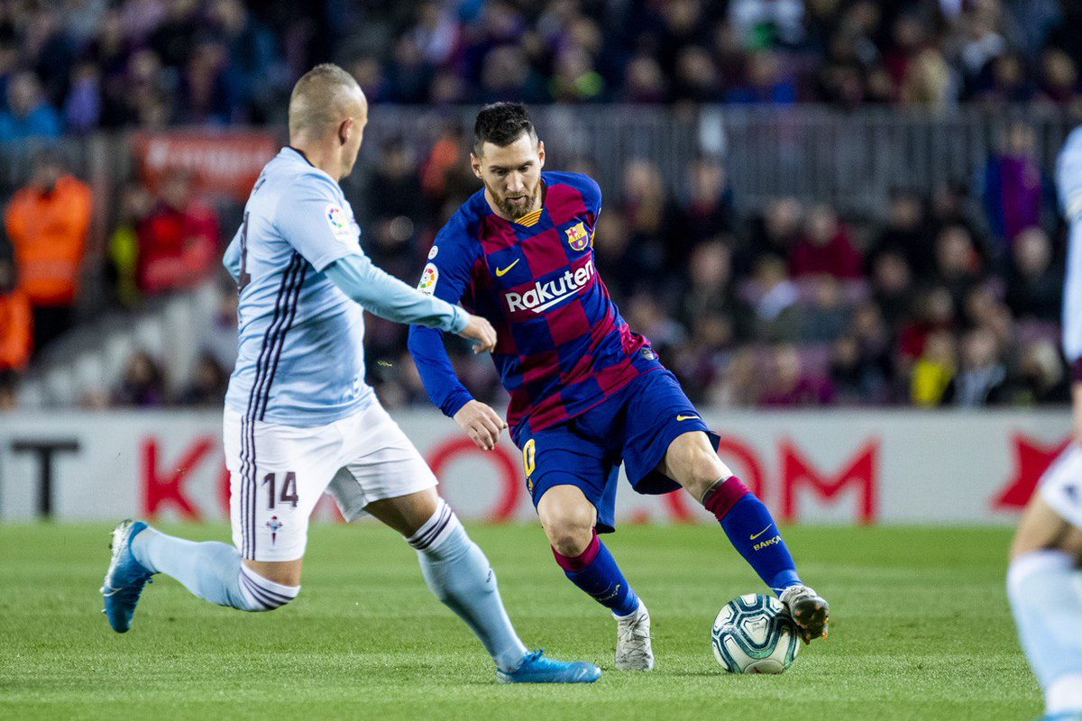 While the teams are in the dressing rooms at the break, check out our Match Center LIVE 👉 barca.link/GBCv50x6Jrs HALF: Barça 2-1 Celta ⚽ Messi (23, 45+1) / Olaza (42) 💪🔵🔴 #ForçaBarça
