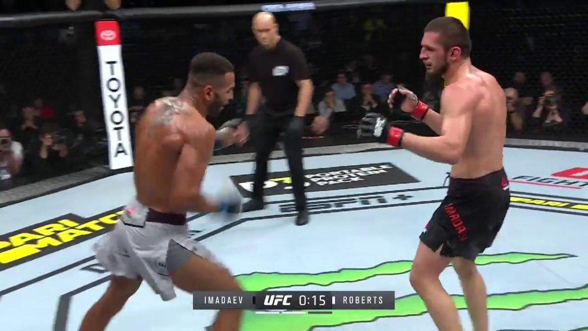 BUE-NAS-NO-CHES!!! @DanHotChocolate con otro KO espectacular!!! #UFCMoscow 🇷🇺