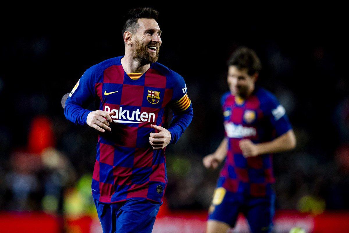 ✅ Penalty kick goal ✅ Free kick goal ✅ Free kick goal #Messi has a set piece hat trick! 🤯🤯🤯 Verdict: 🐐