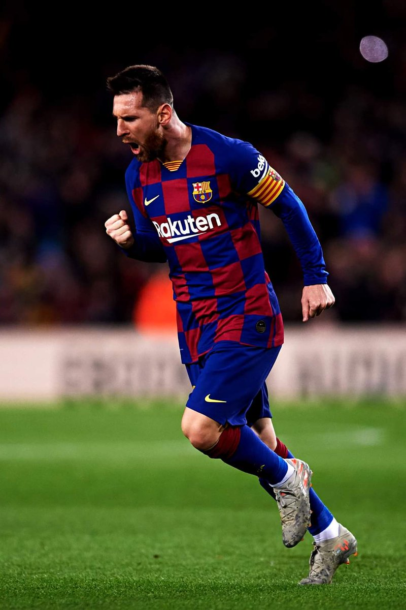 Messi is without the laws of football game  The free kicks has become penalties   #FORCABARCA  #BarcaCelta