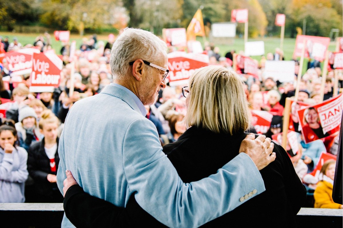 Today the next Prime Minister came to Pudsey. A Labour government will deal with injustice, poverty and inequality within our society. Because that is what we stand for. #VoteLabour #ForTheMany