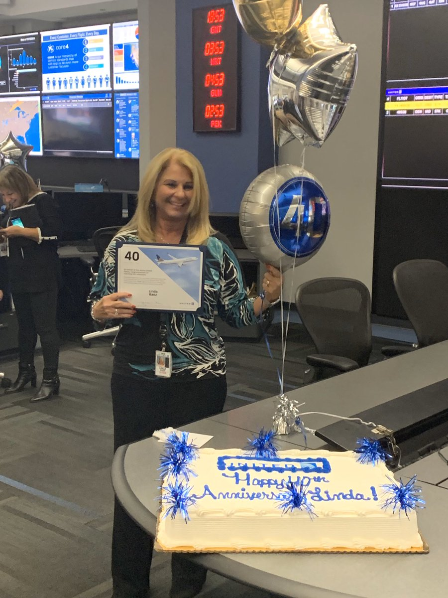 Thank you Linda for 40 years of positive contributions to our success. Hope you have many more! @weareunited @bcstoller_ual @Tobyatunited