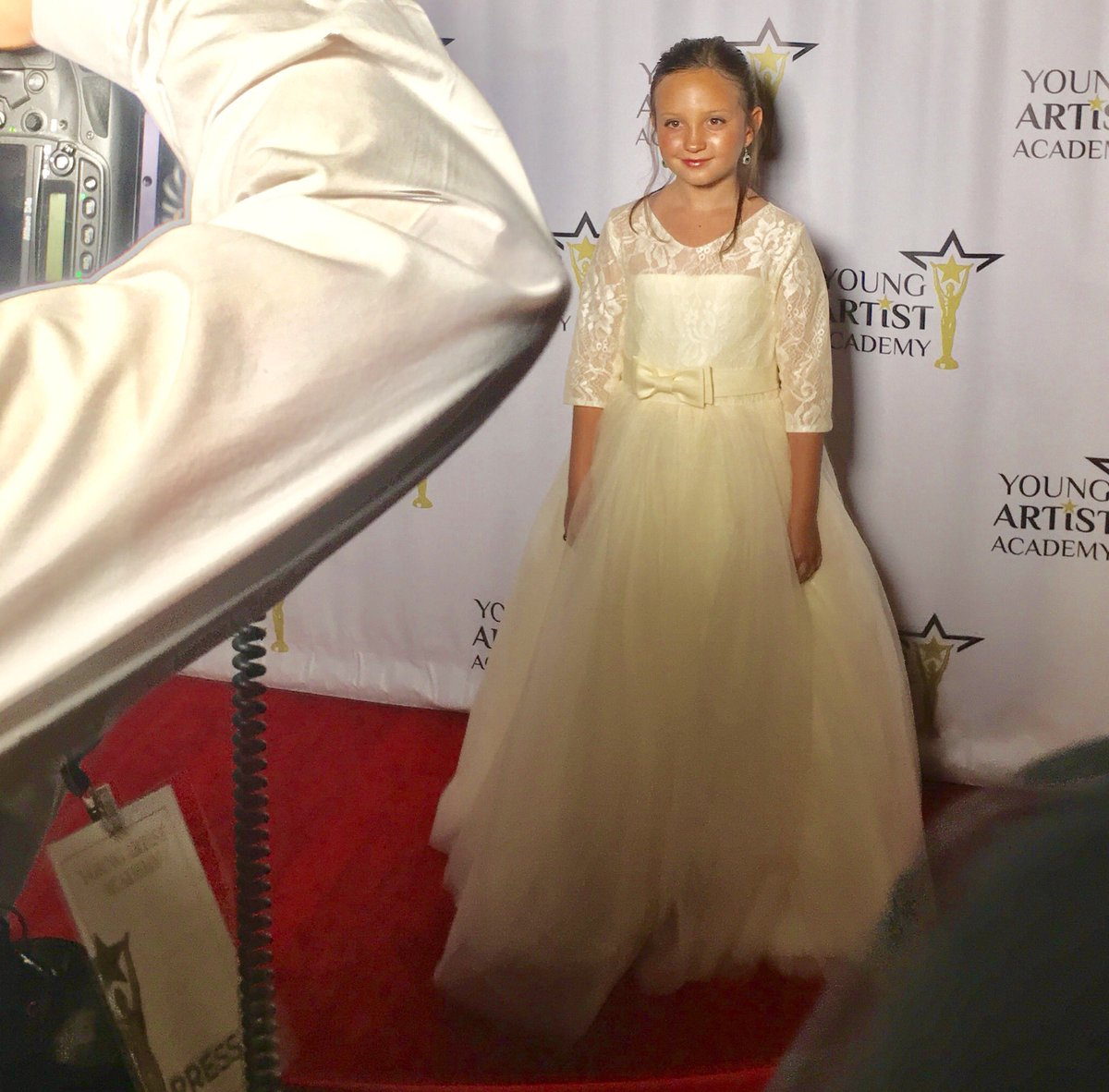 Back in Hollywood ready for my next adventure  #ccking #awardwinningactress #youngartistawards #youngartistacademy<br>http://pic.twitter.com/SG6HqdD87V