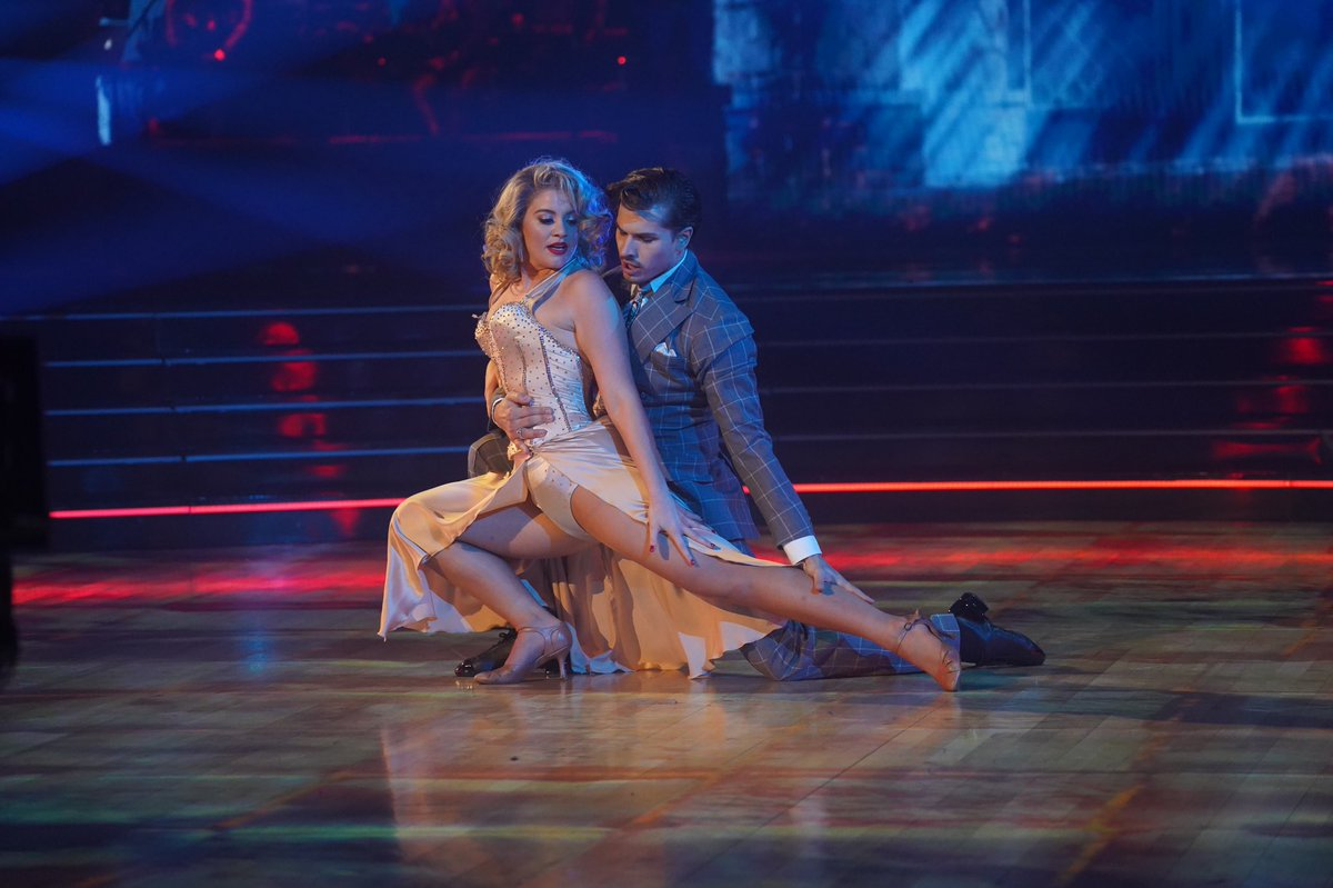 LEGS get straight to the point... I'm so VAMPed up that @Gleb_Savchenko and I are tied for the highest scores this week. I am working so hard. I'm DYING to win that Mirror Ball @dancingabc 🧛‍♀️ 🧛‍♂️