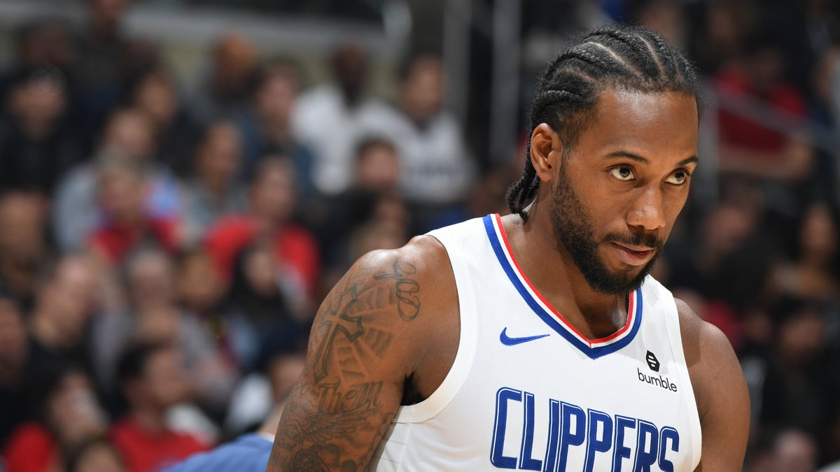 Kawhi recorded 30 PTS against CHA, giving him 108 PTS in 4 games with the @LAClippers! The only player to score more points in his first 4 games with #ClipperNation is Dominique Wilkins (129 PTS, 1994).