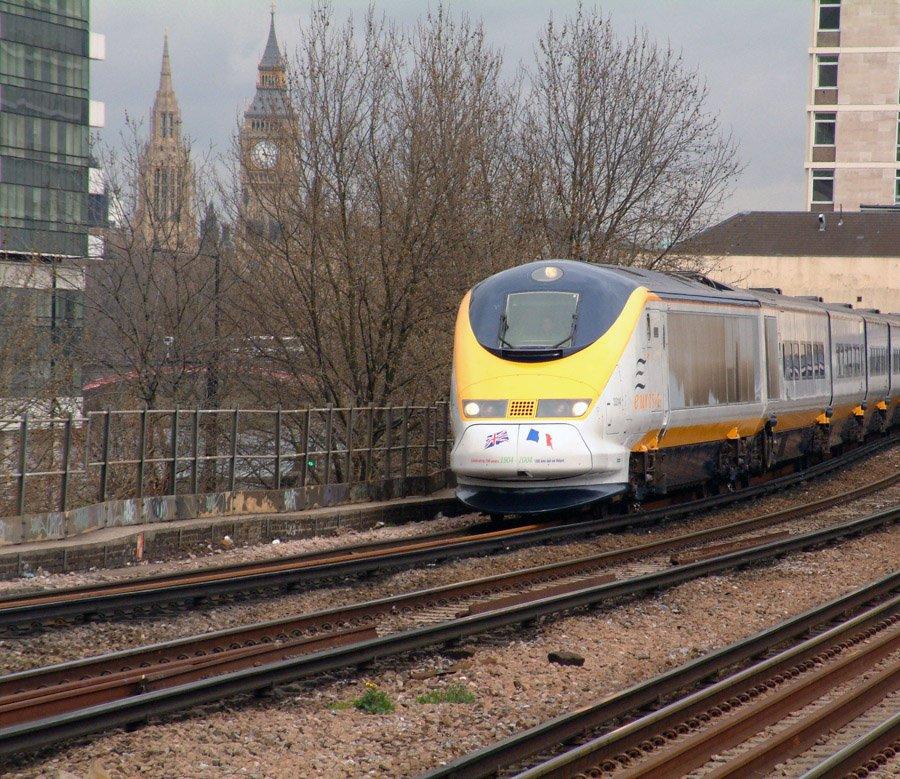 EIBqzlXWwAAOBG  - Special livery Eurostars