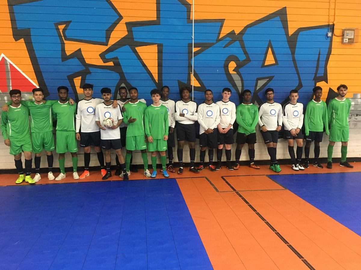 What a great futsal tournament we had on Friday where we welcomed @TamesideCollege and @priestleysfc in the first Inter-College Futsal League of the season! @FutsalOldham @Manchester_FA @Sport_England