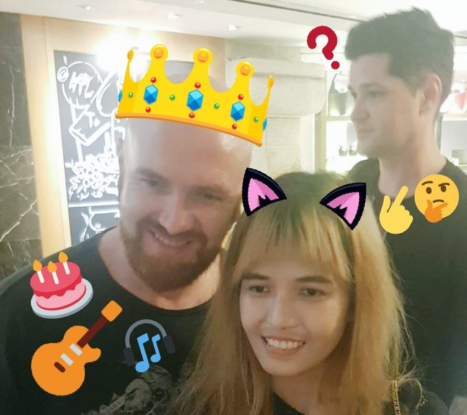 Happy birthday, Mark Sheehan, the coolest guitarist we all have ever known since God created the world.