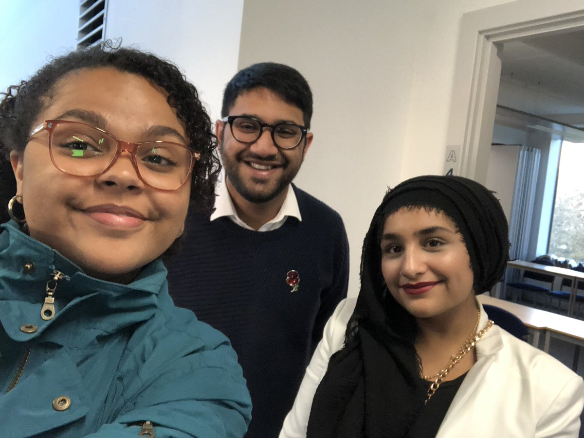 I've had a wonderful day with the @SMCommission visiting @mahdloyz and @OldhamCollege. It was inspiring to meet so many inspiring young people, amazing staff and an abundance of people who care about the future generations of their community! Thanks for welcoming us all!