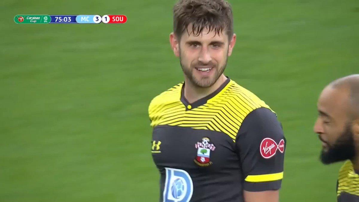 🚀 ¡Golazo del Southampton! ¡Stephens voló más que nadie! ¡Respiran los Saints! #CarabaoCup ⚽ #EFL 🏴