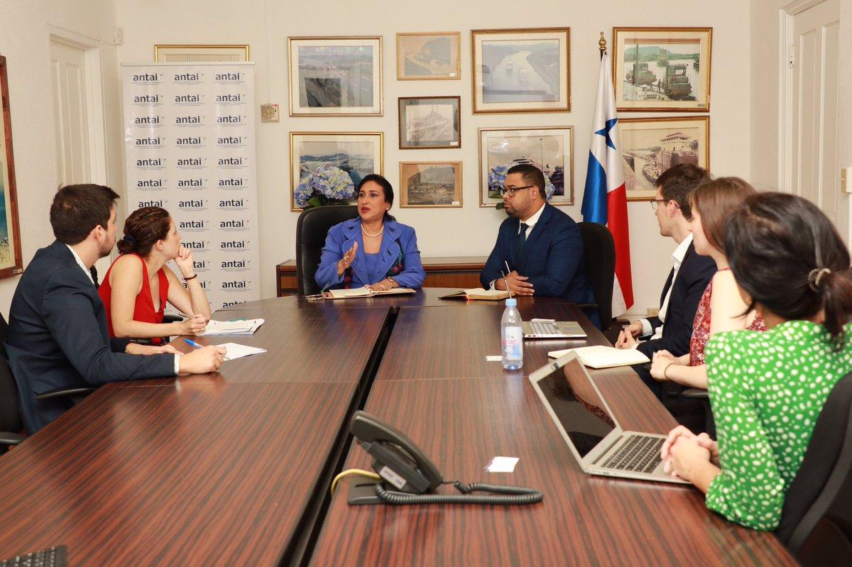 Reunión con @GrupoFARO donde se les da conocer las funciones y nuestras responsabilidades en tema de #Transparencia.  #PanamáTransparente #GobiernoAbiertoPanamá