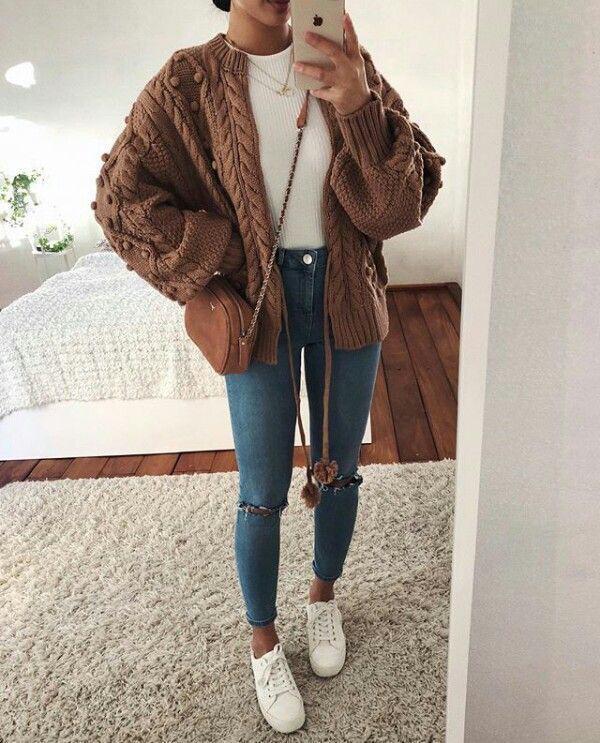 Winter outfit para este clima frío 😋 Expo 15 este 16 y 17 de Febrero en el Palacio de los Deportes. ❤️😍   #vestidosde15 #Moda #modamujer #outfit15años #tradicionmexicana #style  #model #beauty  #girl #photo #Selfie