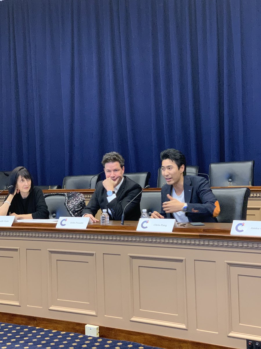 """#CrazyRichAsians actor Chris Pang: """"Our director John Chu really had a strong vision, including the music, that brought the entire movie together."""" @RIAA @CreativeFuture @RespectCreators @CAPAC"""