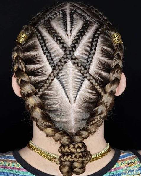 Mesmerizing braid work!  #forbabs #myforbabs #comingsoon #xstatic #staticfree #nomorestatic #hair #hairstyles #hairoftheday #hairofinstagram #hairofig #glam #fall #fallvibes #goodvibes #magic #colors #fall #weekendhair #weekendpic.twitter.com/1N1l4iM6a4