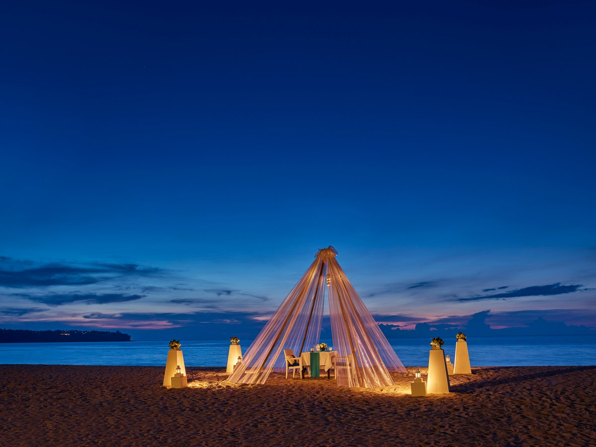 Book a private beach dinner and enjoy an enchanted evening under the stars with us.  Price starting from THB 5900++ per couple for 4-course dinner.  More details: https://t.co/p4MJREYlYp  #Romanticdinner  #beachdinner #dinneronthebeach #weddings #phuket https://t.co/siWpwwhaZE