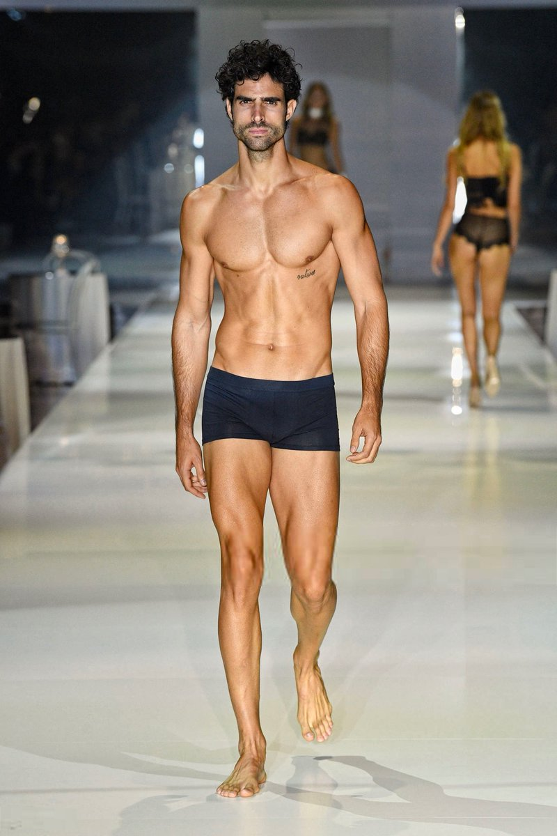 "JUAN BETANCOURT D. on Twitter: ""Juan Betancourt walks the runway during the  White Cabaret ""La Premiére"" - Intimissimi Show #intimissimishow… """