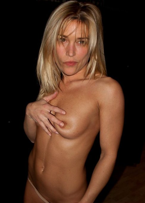 "October 31:Happy 43rd birthday to actress,Piper Perabo (""Covert Affairs\"")"