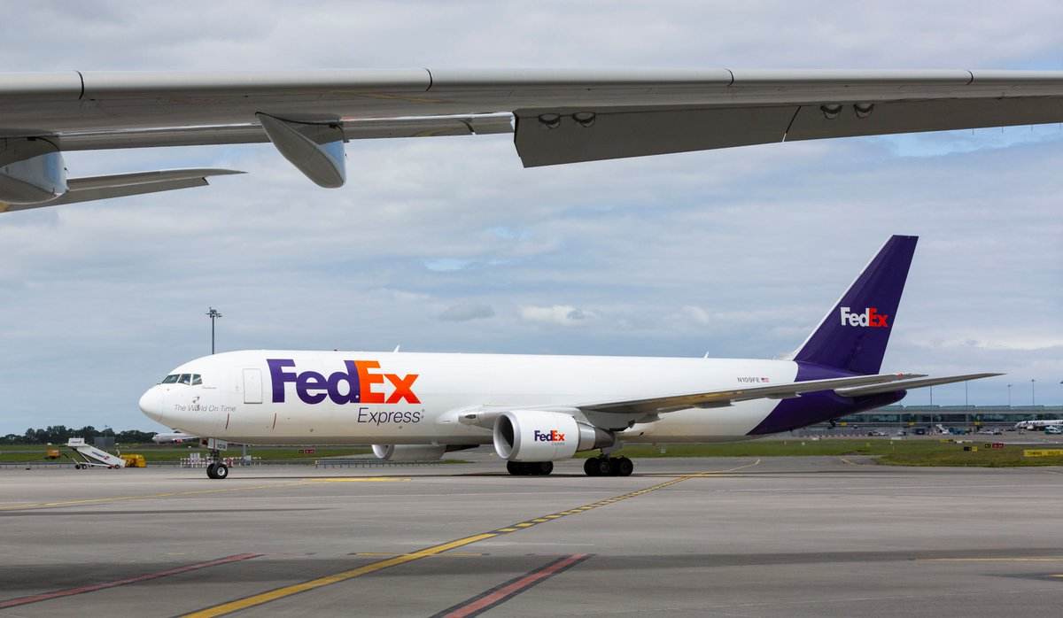 It can carry 41 tonnes of cargo, has 16% more capacity and 9% more fuel efficiency, reducing CO2 emissions by 21% per pound: say hello to our new 767 connecting Madrid to Paris    https://www.aircargonews.net/airlines/freighter-operator/fedex-adds-another-b767f-in-europe-as-part-of-fleet-update/