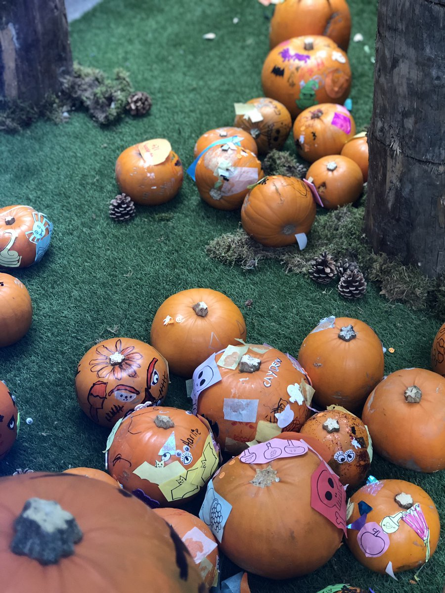 We love seeing all your Halloween creations at our Pumpkin Ball, don't forget about our Kids fancy dress party tomorrow from 1-3pm #vsqhalloween #pumpkinball