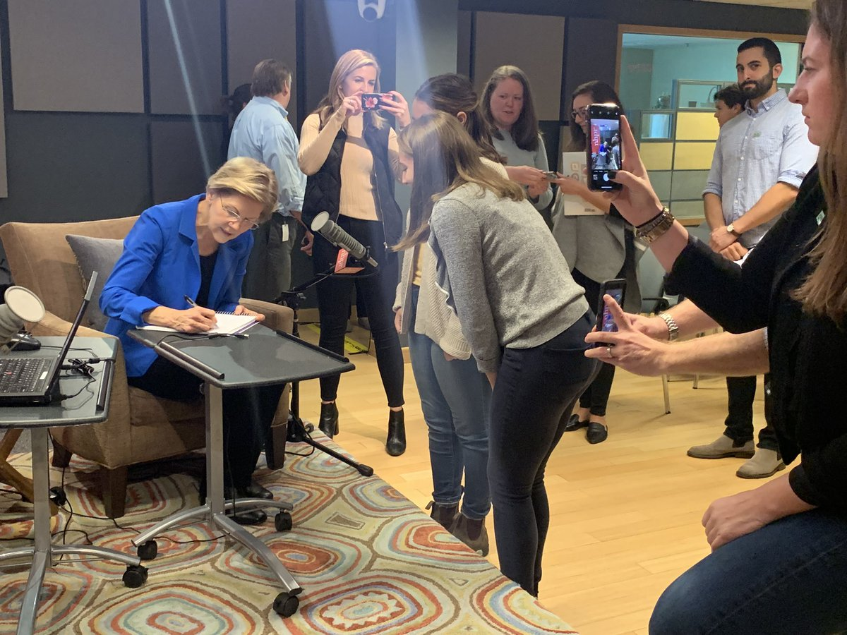 .@ewarren writes a high school absence excuse note for two students who attended the @nhpr 2020 Forum this morning