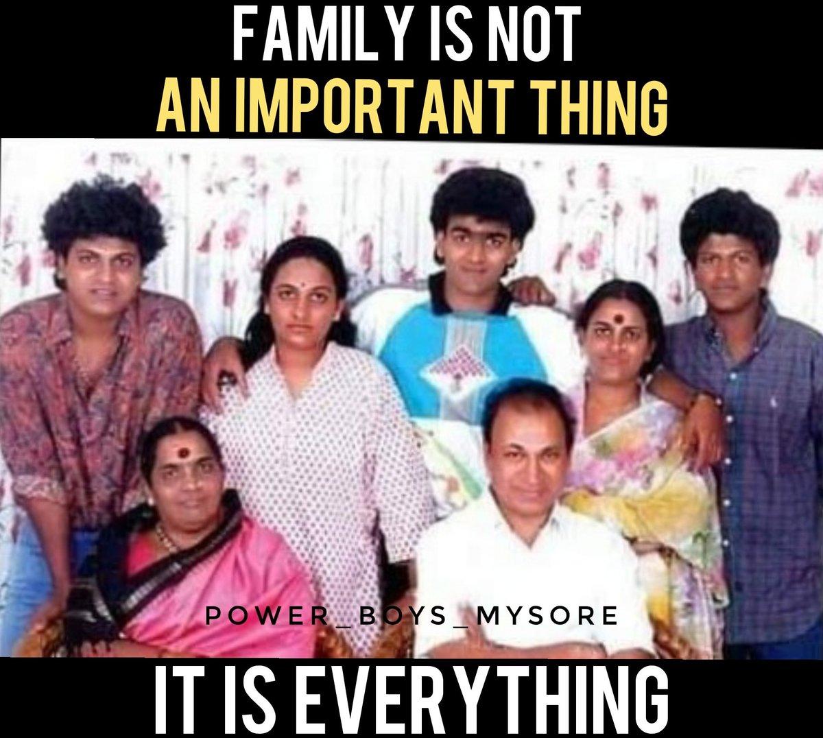 The Rajkumars🙏❤ #TheRajkumars#Annavaru #DrRajkumar #ParvathammaRajkumar#BossOfSandalwood #HatrickHero#CenturyStar#DrShivanna #DrShivaRajkumar#RaghavendraRajkumar#Appu #PowerStar#PuneethRajkumar#PowerBoysMysore