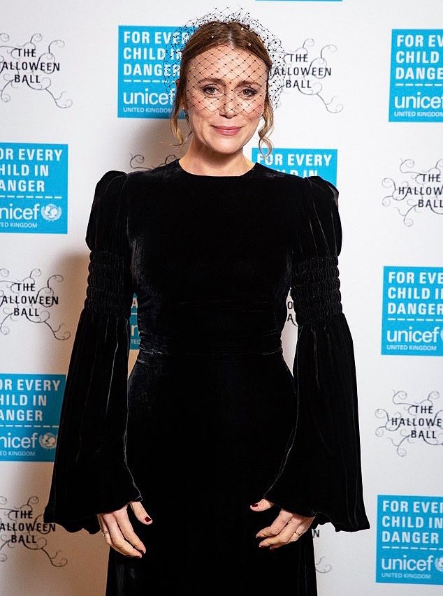 Keeley Hawes at the UNICEF Halloween Ball https://t.co/QVNuZBsja4