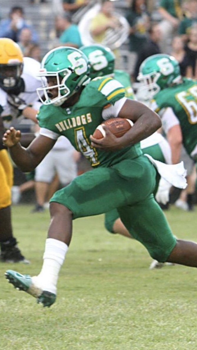 Suwannee QB Tyree Taylor used his feet in a 39-36 win vs. Godby, last Friday. THREE RUSH TD'S.  Hit the link below for the full game recap, written by @wes_trotta!  https://t.co/bnty6fWiwK  #RAWE 🌋 https://t.co/OUSNycmezD