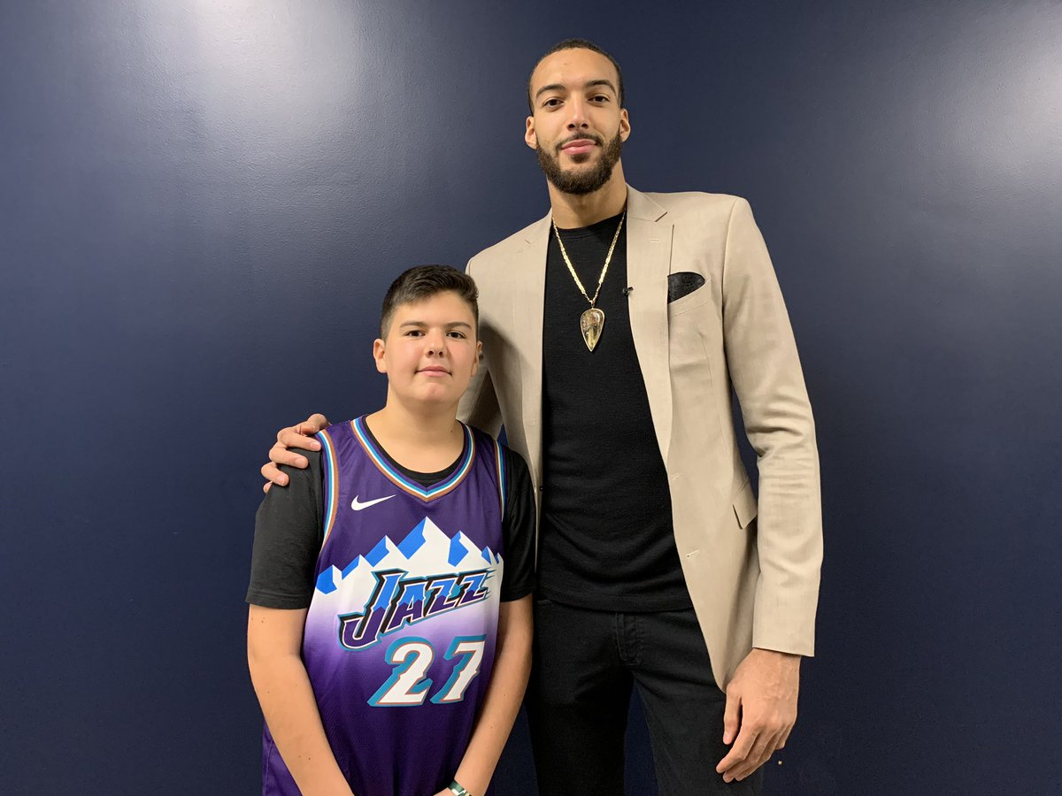 .@rudygobert27 spending time with his special guest, Enzo Danieau, after tonight's game.   Rudy and his @RudysFoundation flew Enzo out from France to celebrate Enzo's recovery from leukemia. #DoingGood