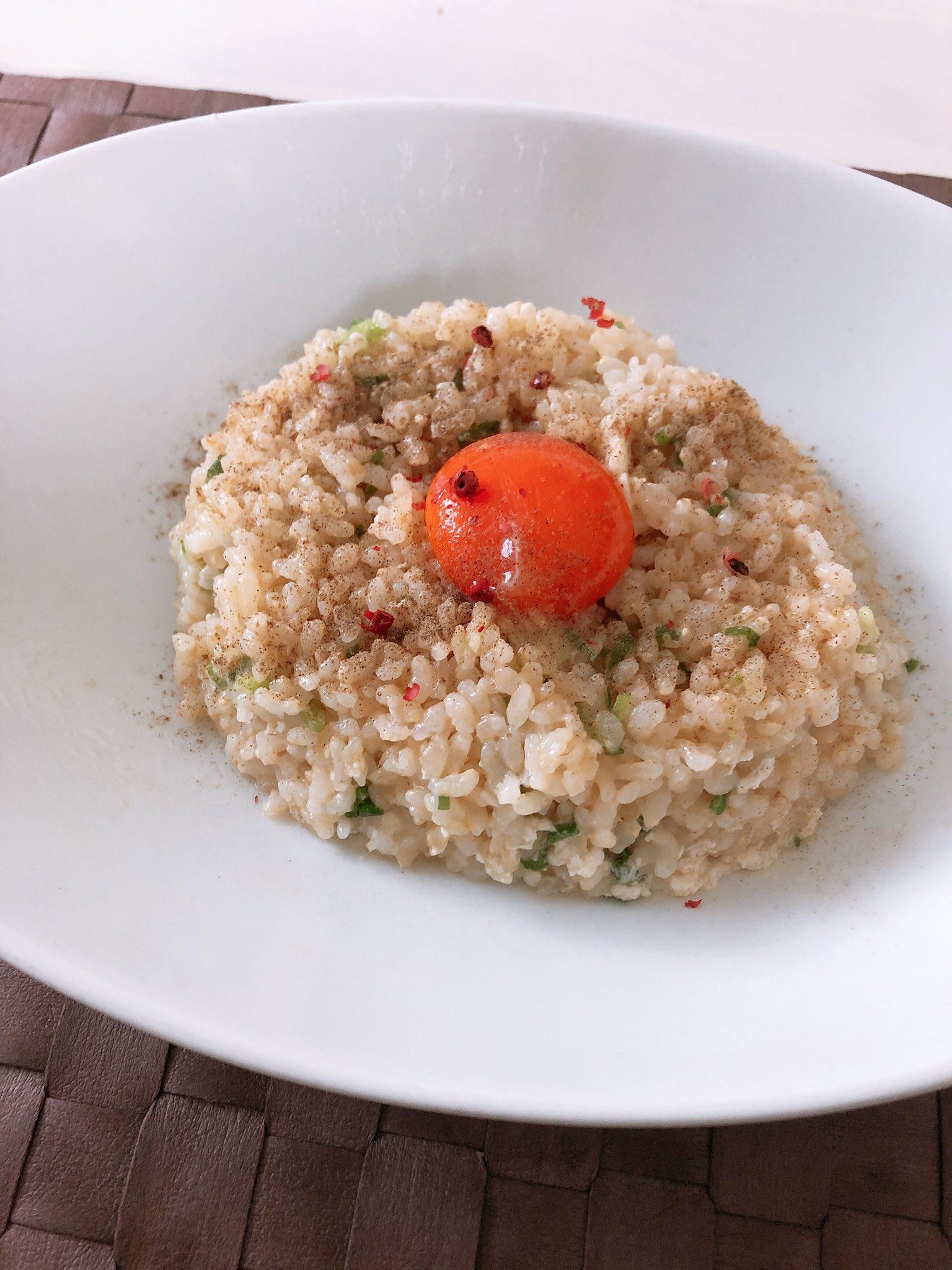 見てー✨生チャーハン。 電子レンジであっという間。 美味しい簡単またつくろ😆 素晴らしきレシピ おススメです・:*+.(( °ω° ))/.:+