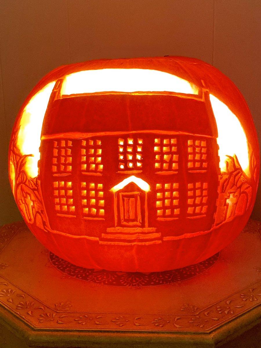 My Brontë Parsonage pumpkin 🎃 #halloween #pumpkin #brontë #bronteobsession #miniaturebronteparsonage