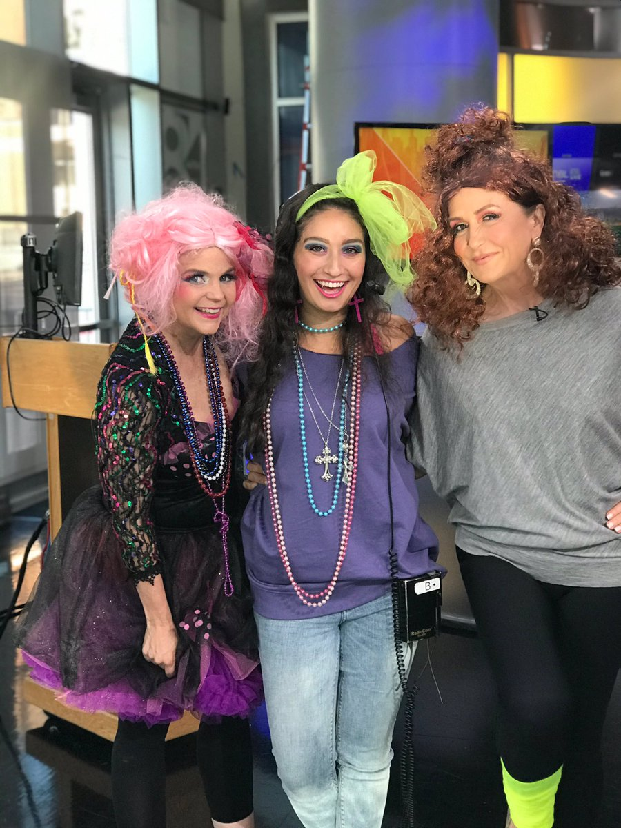 Back to the 80's with Flashdance on GMT.. leg warmers & all.. 🙆♀️  Thank you to Megan Ranee at Novak Hair Studios for the fab 80s glam and Magic Etc for the luxurious hair & neon leg warmers I pulled everything else from my closet 😉 #halloween #goodmorningtexas