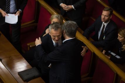 Настав час вибороти План дій щодо членства в НАТО і виконати його, - Порошенко - Цензор.НЕТ 8657