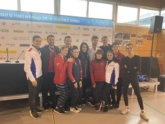 GP - 3 этап. Internationaux de France Grenoble / FRA November 1-3, 2019 - Страница 3 EINMNXsXYAcYjJm?format=jpg&name=small