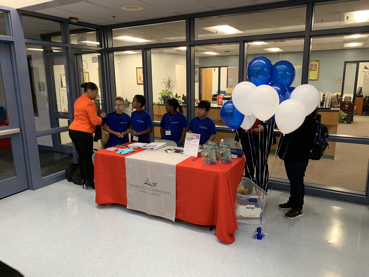 ⁦<a target='_blank' href='http://twitter.com/APSDrew'>@APSDrew</a>⁩ Congrats to Dr. Charles R. Drew Elementary School for their Grand Opening of their new Arlington Community FCU In-School Branch <a target='_blank' href='https://t.co/gEvo5Y2HlW'>https://t.co/gEvo5Y2HlW</a>