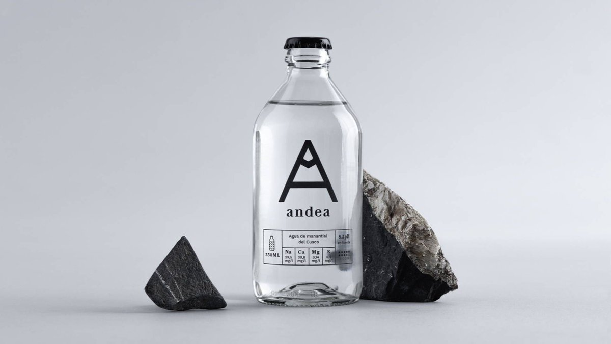 A Very Special Water Deserves A Very Special Bottle - https://buff.ly/2piOTZX #bottle #water #waterpackaging #packagingdesign #designpic.twitter.com/3heCSoXrab
