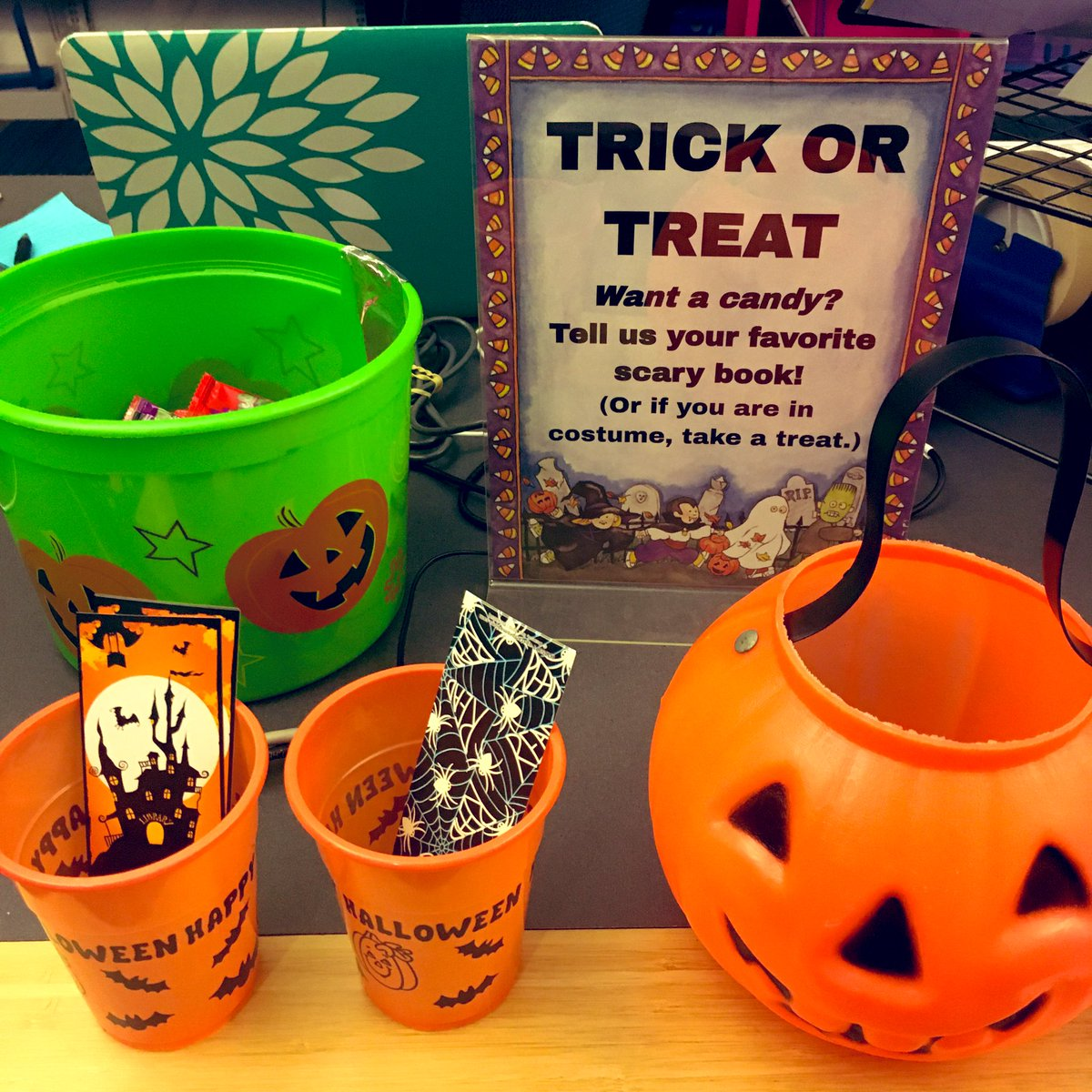<a target='_blank' href='http://search.twitter.com/search?q=trickortreat'><a target='_blank' href='https://twitter.com/hashtag/trickortreat?src=hash'>#trickortreat</a></a> Want Candy? Tell us your favorite scary book! (Or if you are in costume, take a treat.) 🎃 <a target='_blank' href='http://twitter.com/Principal_YHS'>@Principal_YHS</a> <a target='_blank' href='http://twitter.com/YorktownHS'>@YorktownHS</a> <a target='_blank' href='http://twitter.com/YorktownAPs'>@YorktownAPs</a> <a target='_blank' href='http://twitter.com/YorktownSentry'>@YorktownSentry</a> <a target='_blank' href='http://twitter.com/APSLibrarians'>@APSLibrarians</a> <a target='_blank' href='https://t.co/9cubbIYVzL'>https://t.co/9cubbIYVzL</a>