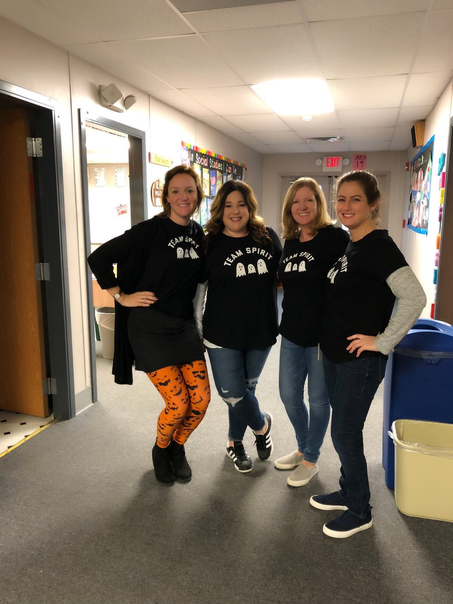 Team Spirit! Happy Halloween! 👻🎃 @KnappElementary
