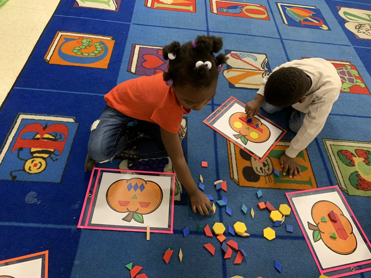Identifying colors and shapes as we build jack-o-lanterns 🎃 #BCPSKinder @flesbcps