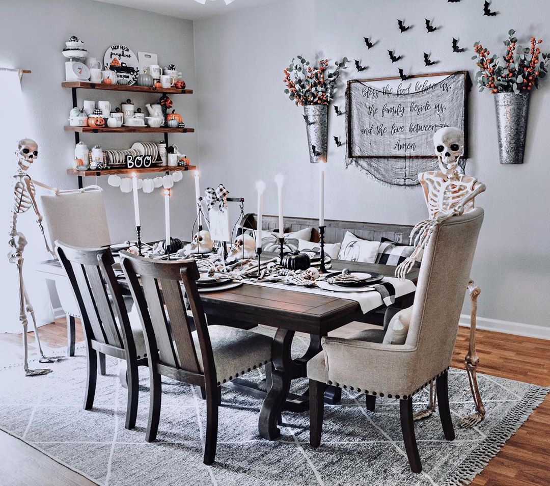 Ashley Homestore Can On Twitter The Wendota Dining Series Is Looking Spooktacular Happy Halloween Friends Https T Co Vszhlc5t2w