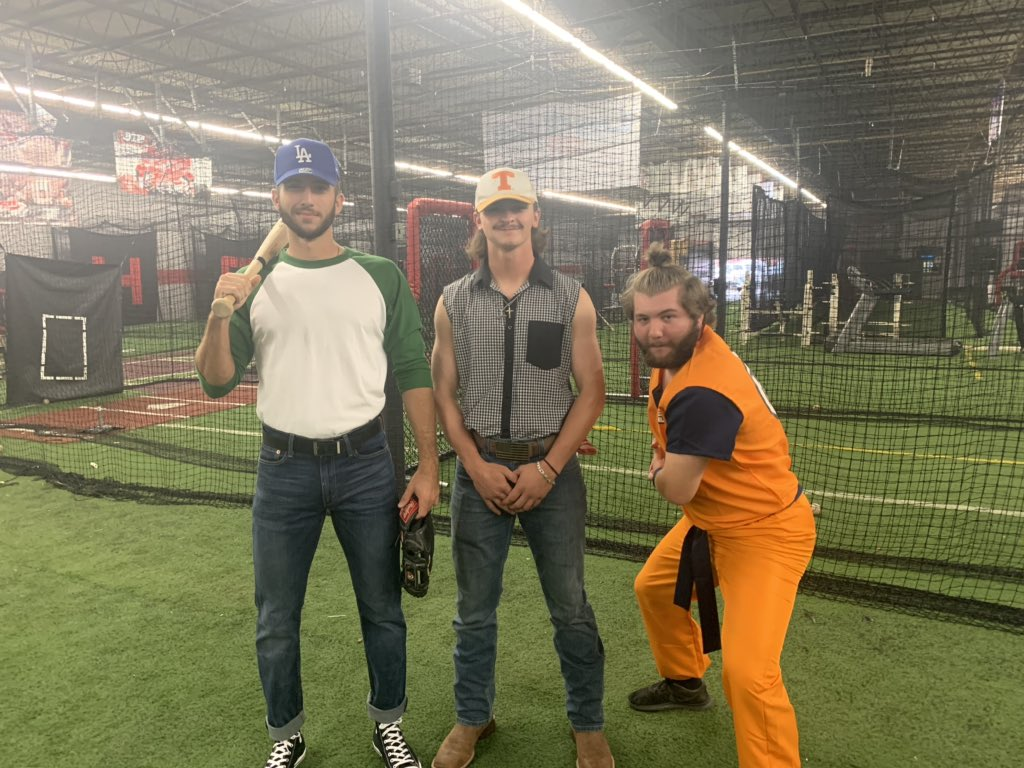 Cvcc Baseball On Twitter Got A Visit From Benny The Jet Rodriguez Vinny Consolo Morganwallen Preston Conner And Nick The Ninja Ward Thevalley Https T Co Tuknvp1v2a