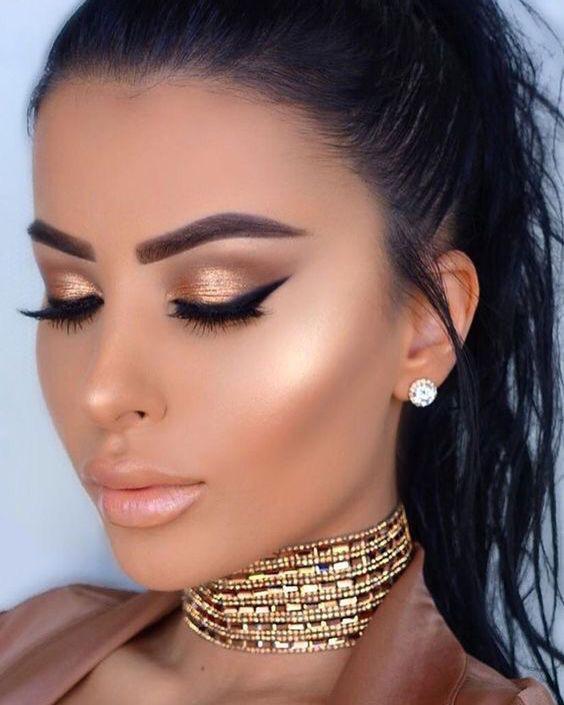 Maeup perfecto para lucir como una verdadera reina. ❤️ Expo 15 este 16 y 17 de Febrero Palacio de los Deportes. ☺️😍   #vestidosde15 #vestidosde15años2019 #Moda #modamujer #outfit15años #tradicionmexicana #style  #model #beauty