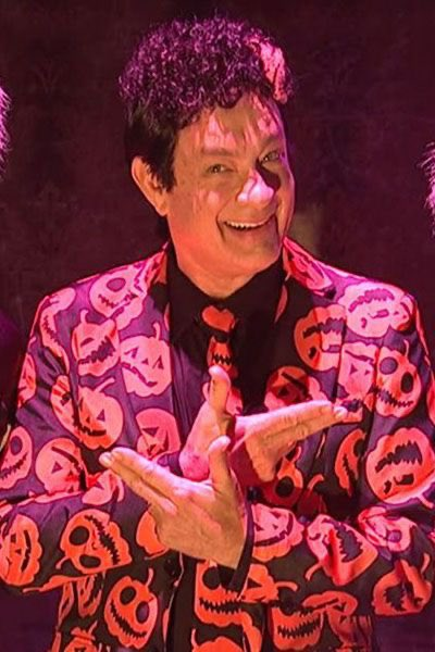 Replying to @tomhanks: A question from David S. Pumpkins, yes, THAT David S. Pumpkins: ANY QUESTIONS??? Hanx!