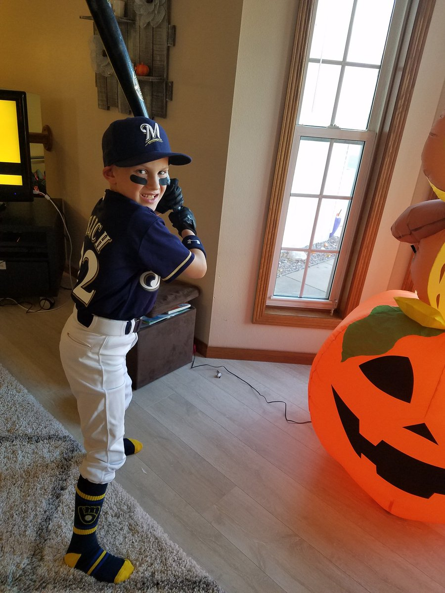 @ChristianYelich my boy is ready to trick or treat as his favorite ball player.