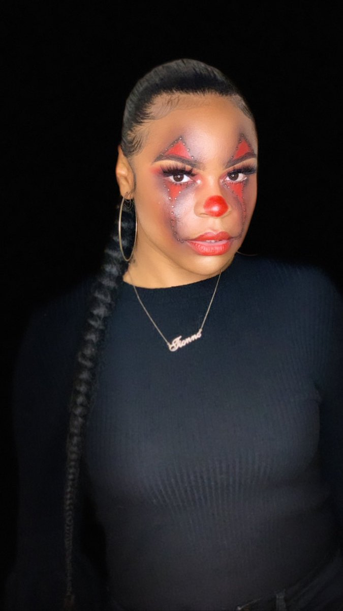 """YOU'LL FLOAT TOO...Happy Halloween  Hope you guys, Enjoy """"IT""""!  Appointments are available..LINK IN BIO!! BOOK NOW  FMOI: touchdbytee_  ... RT, Comment, Share!! My next client may be on your TL #touchdbytee #undiscoveredmakeupartist #makeup #linkinbiopic.twitter.com/mVgZe4Yzil"""