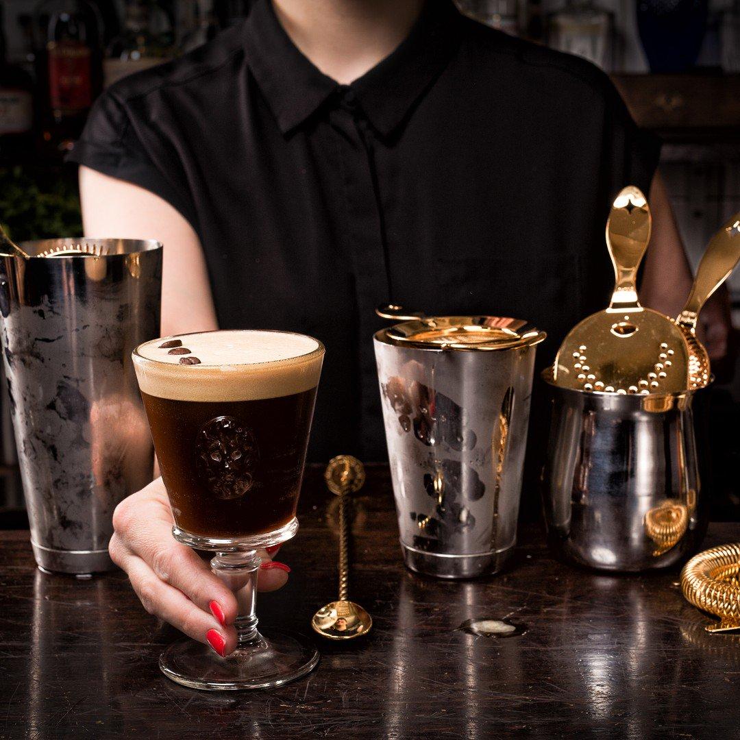 Put your best drink forward this weekend with Bonzer Barware!  . . . . . #bonzerbarware#barware#mixology#bartenderlife#bartending#bartools#heritage#mixologist#cocktails#craftcocktails#drinks#bartools #craftedmixology #drinkporn #bartenderworld #spirits #photooftheday https://t.co/9sblECgmnC