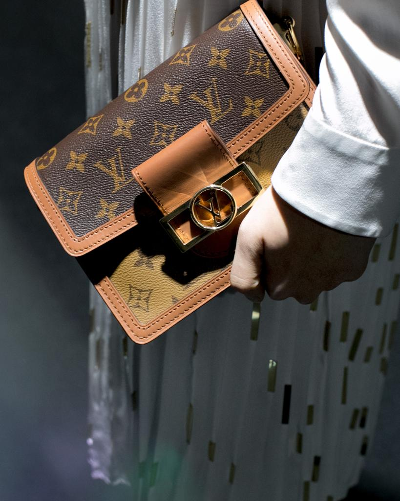 #LVSeoul Backstage. A closer look at a Dauphine bag in Monogram from #LouisVuitton's recent fashion show at Incheon Airport. #루이비통서울